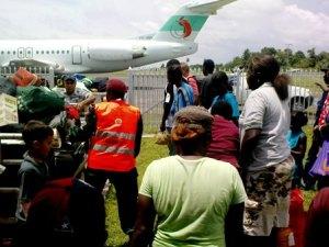 Buka Airport, Gepäckausgabe. Und trotzdem geht nie etwas verloren … .